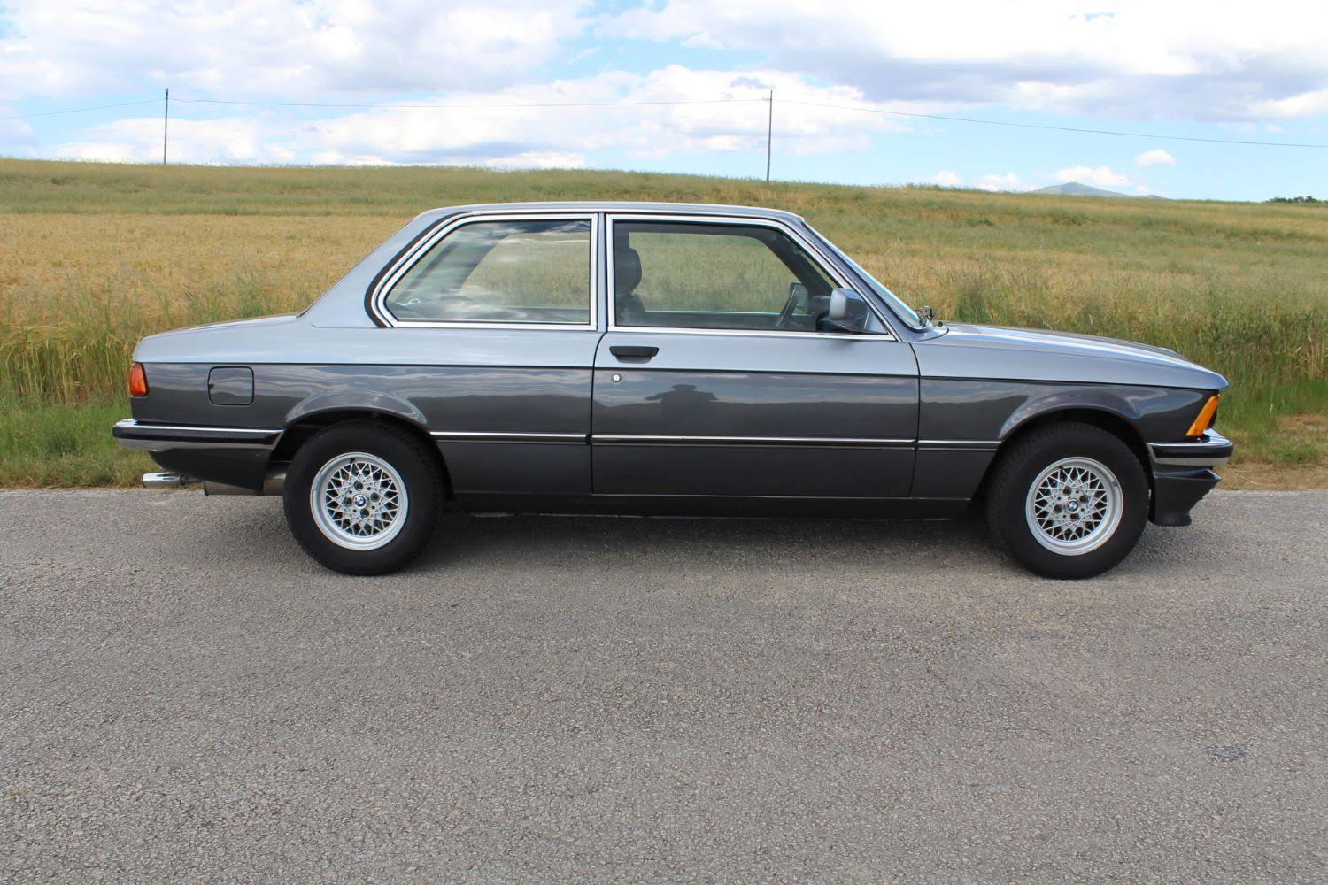 BMW E21 323i EDITIONS S BICOLOR 1982
