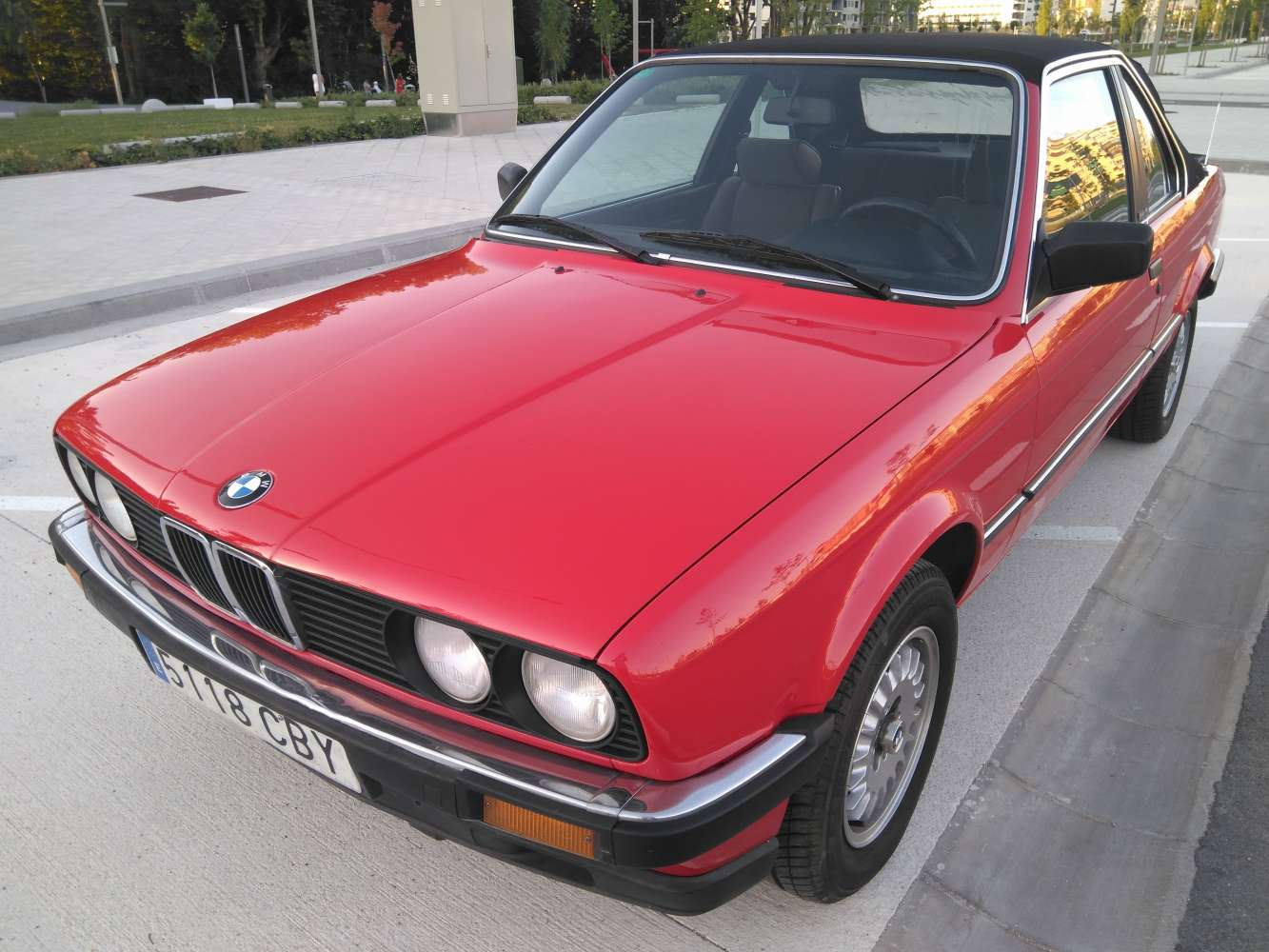 BMW E30 320i Baur 1984