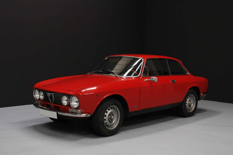 Alfa Romeo GTV 2000 Bertone 1974