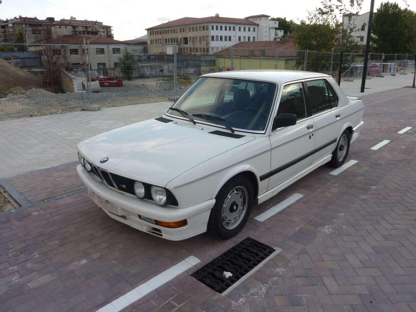 BMW E28 M535i 1985